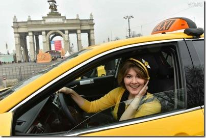 贴心服务 用俄语让出租车司机把你送到家门口