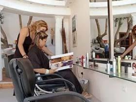 如何用俄语让理发师给你弄个帅发型?以备去俄罗斯后用(音频)
